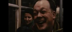 Короткометражка про человека, который за 10 минут смог рассмешить всех людей в вагоне метро